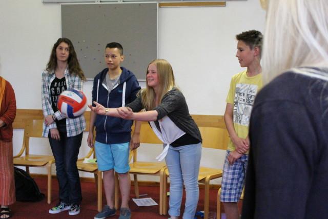 Fußballer sind...? Ja, was eigentlich? Schüler*innen assoziieren Eigenschaften zu bestimmten Menschengruppen (Foto: Sebastian Stachorra)