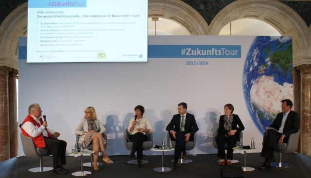 von links: Wolfgang Groß, Dr. Beate Merk, Ursula Heller, Thomas Silberhorn, Susanne Horn, Dr. Alexander Funari Foto: Annika Althoff