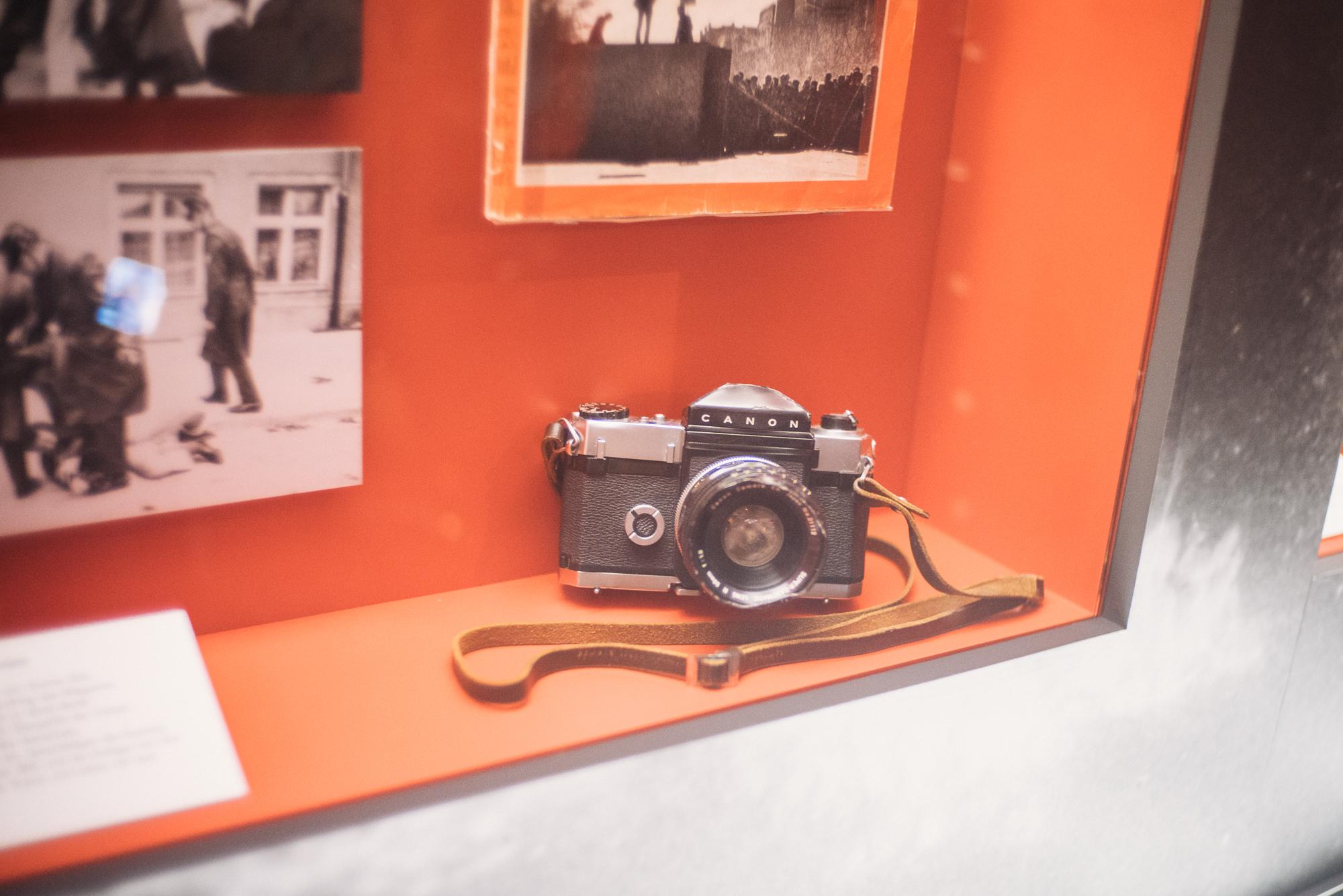 Auch alte Stücke gibt es in der Ausstellung. (Foto: Dominik Martin)