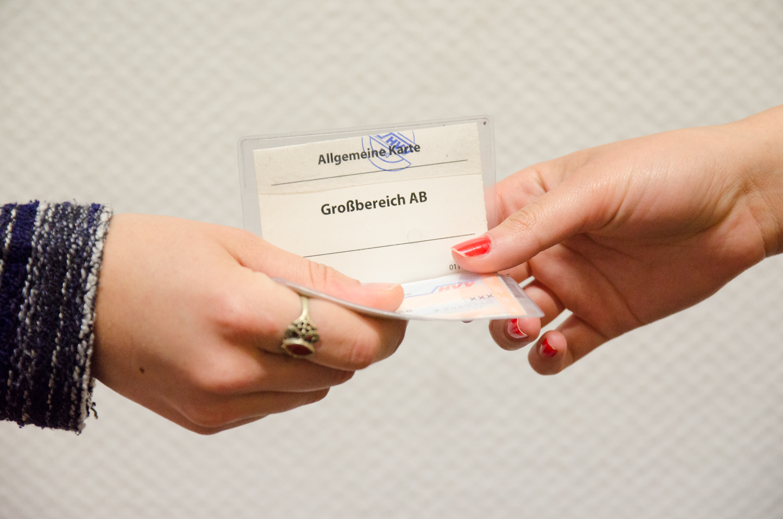 Bereitstellung von kostenlosen Tickets für den ÖPNV.