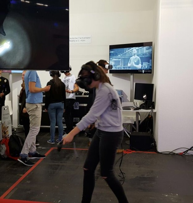 Virtual-Reality-Brillen auf der Buchmesse, Halle 4.1
