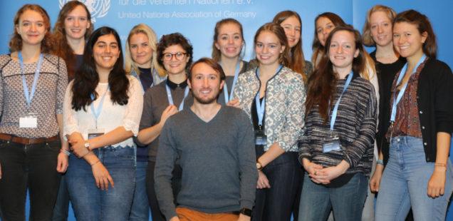 Das politikorange-Redaktionsteam zur YouthCon 2016. Foto: Charles Lothar