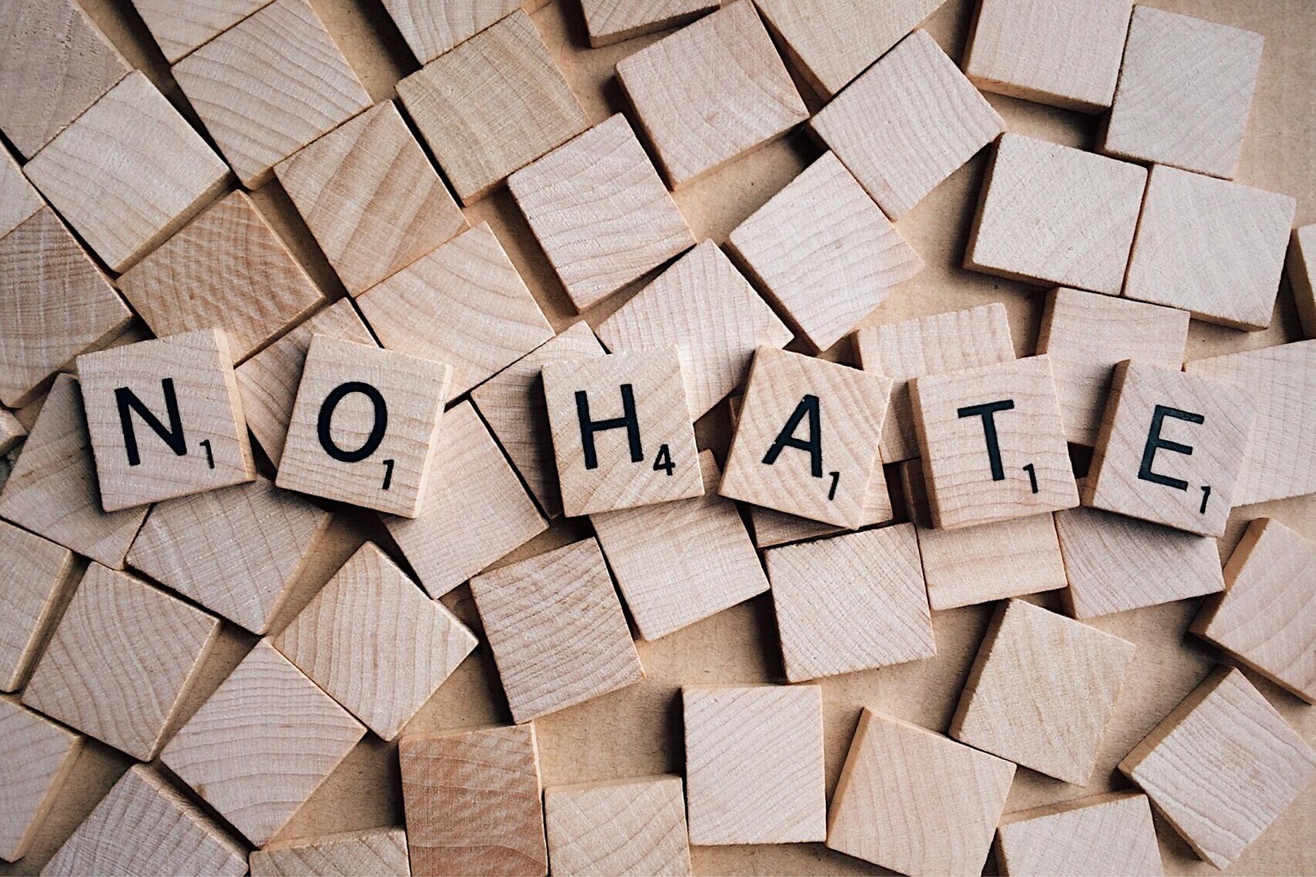 """Buchstabensalat """"No Hate"""""""